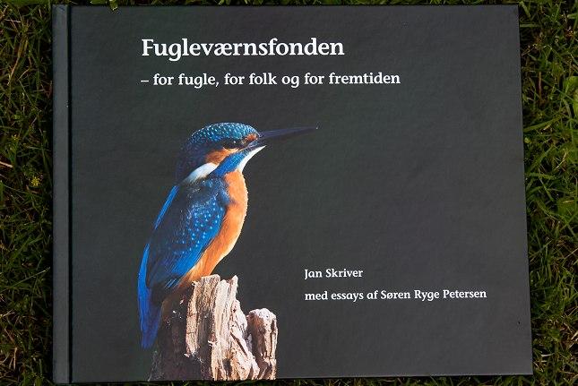 Forsiden på Fugleværnsfondens jubilæumsbog.