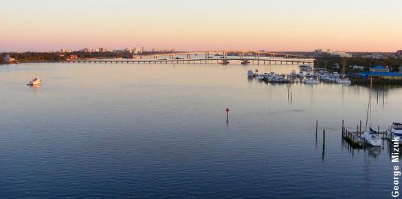 En farlig havbakterie i floden Halifax har kostet endnu et menneskeliv. Foto: George Mizuk.