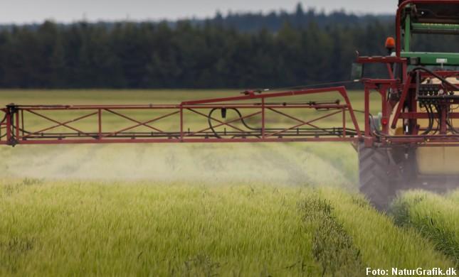 traktor_pesticider2